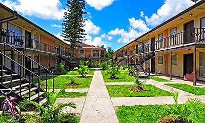 Building, Maple Court Apartments, 0