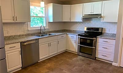 Kitchen, 3909 Golden Hills, 1