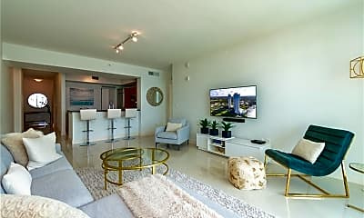 Living Room, 3000 Oasis Grand Blvd 502, 1