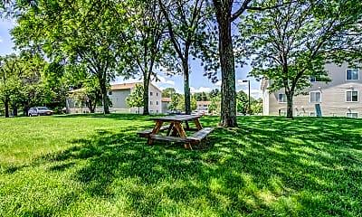 Ridgewood Village Apartments, 2