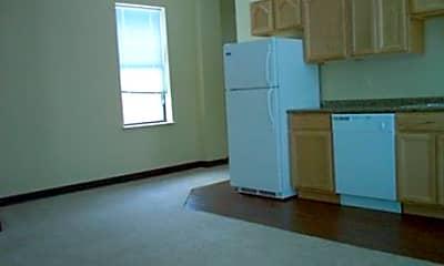 Sharpsburg Apartments, 1