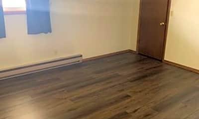Bedroom, 1640 W Clark St, 2
