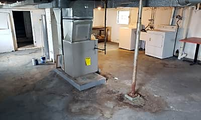 Kitchen, 826 Plum St, 2