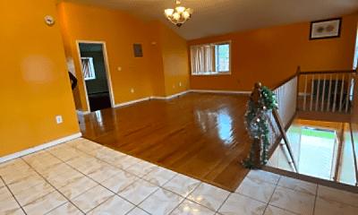 Living Room, 133-35 Inwood St, 0