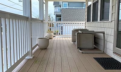 Patio / Deck, 124 N 32nd Ave, 1