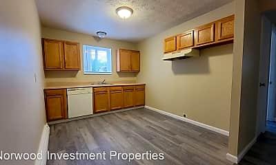 Kitchen, 2457 Montana Ave, 2