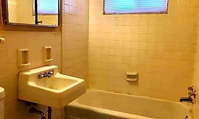 Bathroom, 4153 Hamilton St, 2