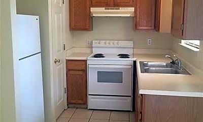 Kitchen, 1211 Oakland Ave 1, 1