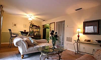 Living Room, Lakeview Pointe, 1