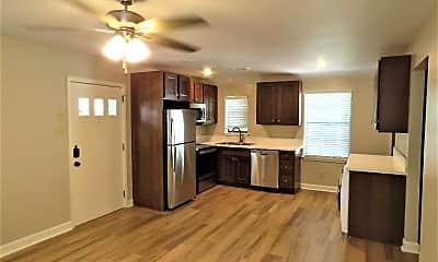 Kitchen, 516 E 8th St, 0