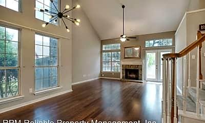 Living Room, 5917 Charles Schreiner Trail, 1