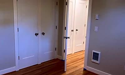 Bedroom, 722 NE Prescott St, 2