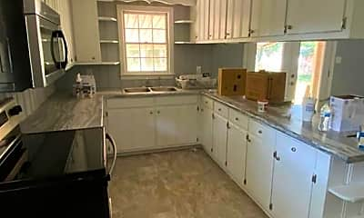Kitchen, 2106 Lombardy Dr, 2