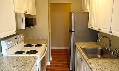 Kitchen, 2015 NE 89th St, 1