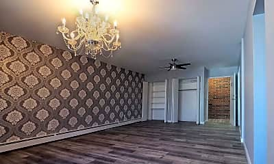 Living Room, 2935 Marshall Ave, 0
