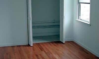 Living Room, 41 Harmon St, 2