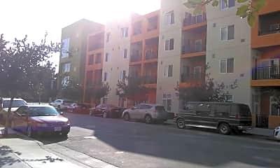 Kings Crossings Apartments, 2