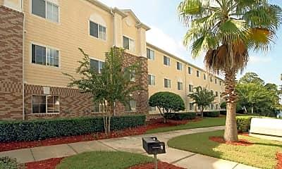 Building, Covenant On The Lakes- Senior Housing, 0