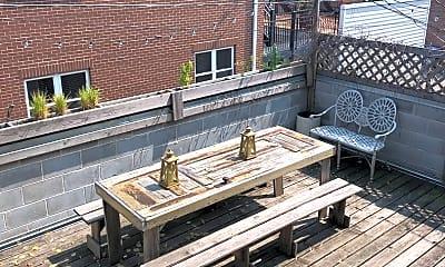 Patio / Deck, 1851 N Hoyne Ave 3F, 2