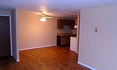 Living Room, 3204 Mozart Ave, 2