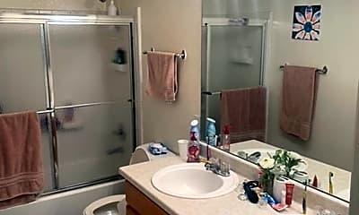 Bathroom, 361 Shawnee Ln, 2