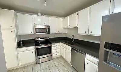 Kitchen, 740 N Orlando Ave, 1