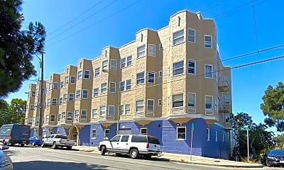 Building, 611 E 20th St, 1
