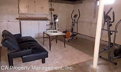 Living Room, 1140 Main St, 2