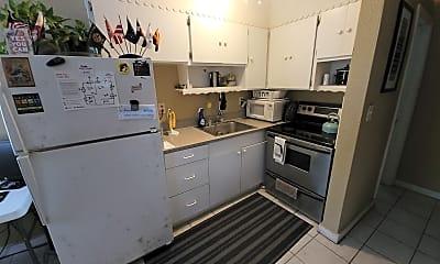Kitchen, 914 Hart St, 1