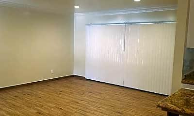 Living Room, 3942 Stevely Ave, 1