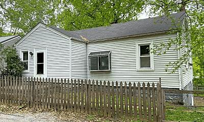 Building, 716 Barton St, 1