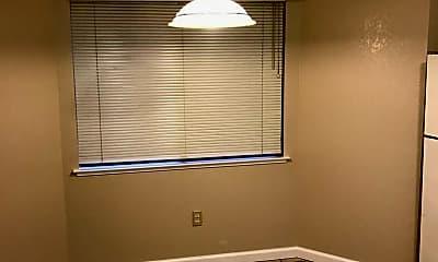 Living Room, 9163 Elk Grove Blvd, 2
