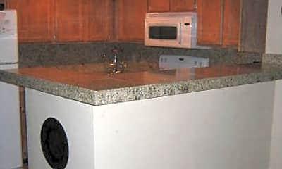 Kitchen, 3640 N 38th St 206, 1
