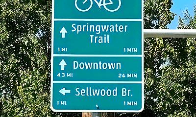 Community Signage, 686 SE Spokane St, 2