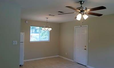 Bedroom, 910 Crystal Springs Ave, 1
