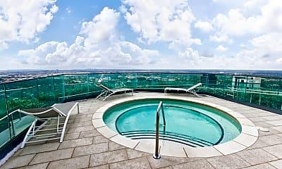 Pool, ICON Las Olas, 2