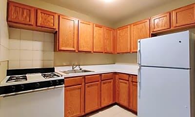 Kitchen, 696 E 182nd St, 1