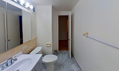 Bathroom, 56 Beaver St 205, 2