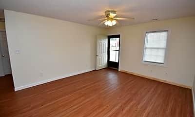 Living Room, 101A SE Railroad St, 1