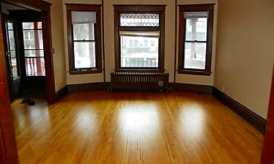 Living Room, 709 Jessamine Ave E, 1