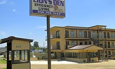 Building, Lion's Den Efficiency Apartments, 2