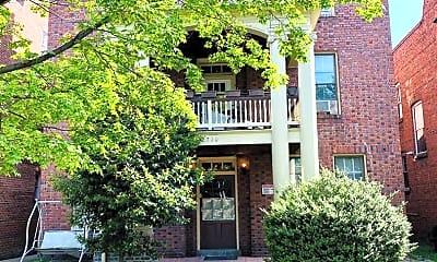Building, 2710 W Grace St, 1