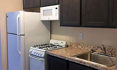Kitchen, 817 W High St, 2