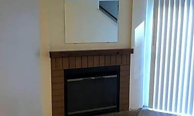 Living Room, 4024 South 158th St, Unit G, 2