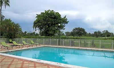 Pool, 6995 NW 186th St, 2