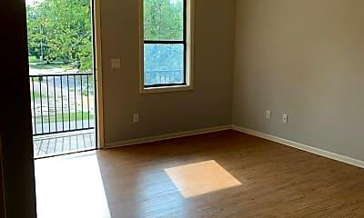 Living Room, 711 Vine St, 2