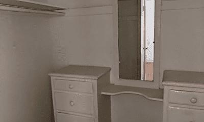 Bathroom, 456 S Cochran Ave, 2