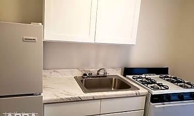 Kitchen, 1404 Brooklyn Ave, 1