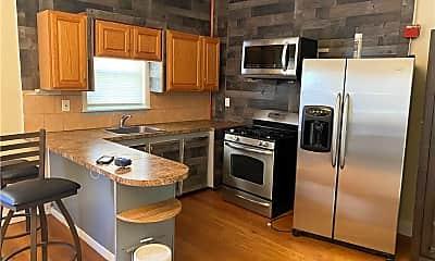 Kitchen, 678 Pine St, 2