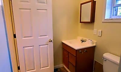 Bathroom, 439 W 8th St, 2